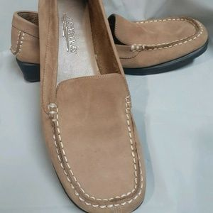 Aerosoles Women's Drive Moccasin Leather Flat Shoe